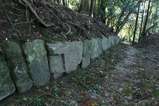 神籠石1l.jpg